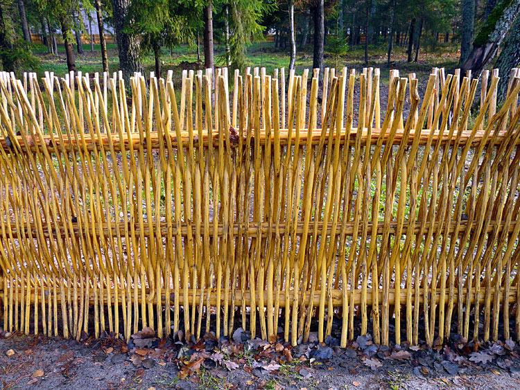 Как сделать забор плетень для поделки